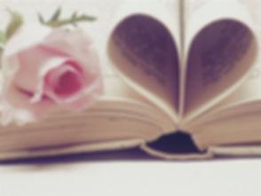 literature-3060241_1920_edited.jpg