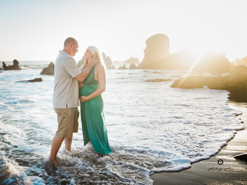 Heather and Brian's Beach Glam Maternity Session