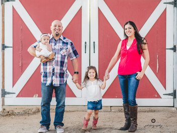 The Herrera's Country Themed Family Session!