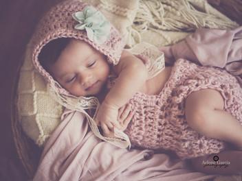 Taylor Grace's Newborn Pics!