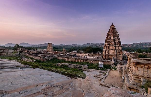 Virupaksha-Temple-Hampi.jpg