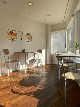 苦楽園本店にはカフェも。