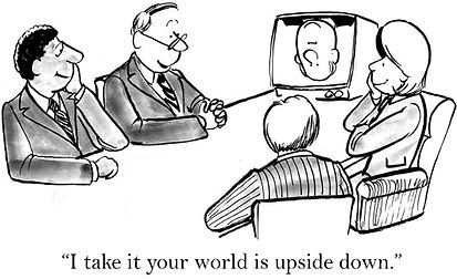 Fernseher_auf_dem_Kopf.jpg