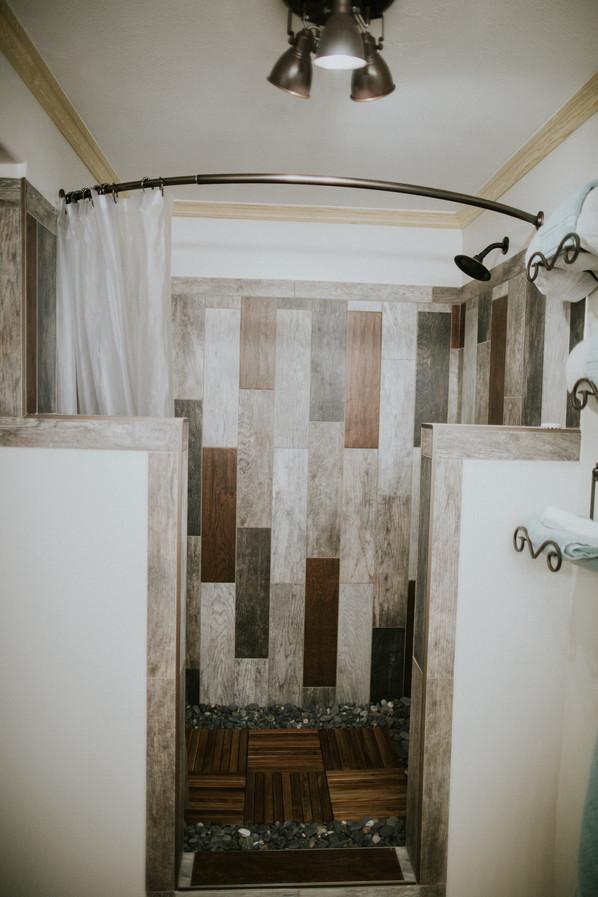 Bridal Suite - Shower