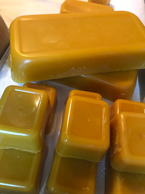 Pat's Beeswax 1 Pound Blocks