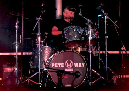 Pete Way Live Int Pic 2.jpg
