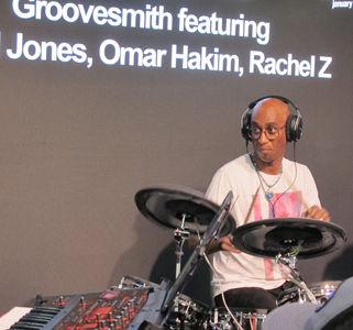 Groovesmith 28.jpg