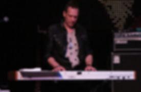 Steve Ferlazzo (Avril Lavigne / Lucky Strike Soundcheck Live)