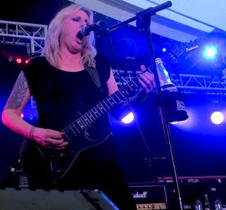 Rock Godess 3.jpg