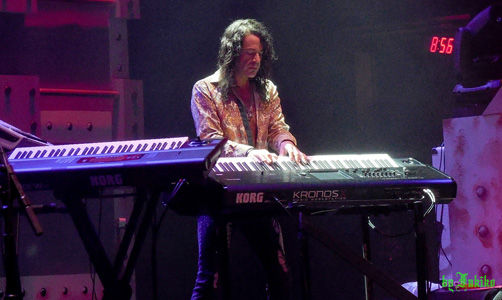 Michael T. Ross, Las Vegas, Keyboards, Keyboardist, Raiding The Rock Vault, Hard Rock Hotel, Nevada, USA, North America, Korg Kronos, Korg, North America, United States Of America