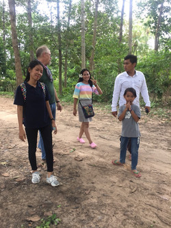 20180708_06_walk_and_talk_with_students_