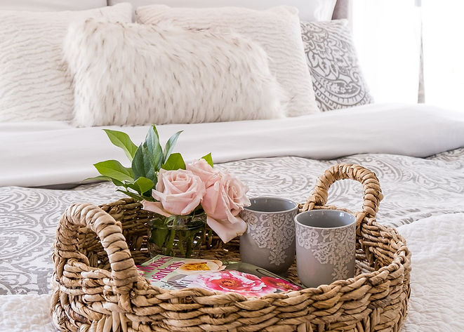BedroomGuestBasket-JenniferJanewayDesign