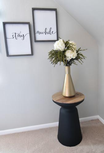 Hunt Guestroom corner vase.jpg