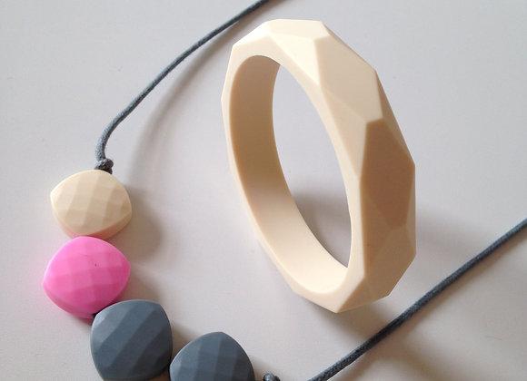Cosy Rosie teething jewellery set