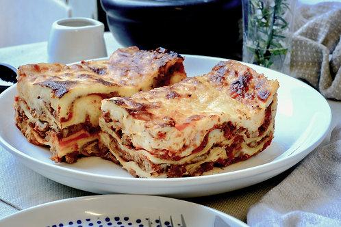 Beef lasagna, serves 2