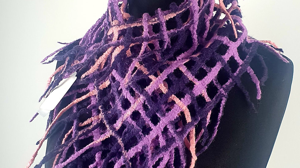 'Purple net' Felted small scarf