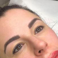 eyeliner 2.jpg