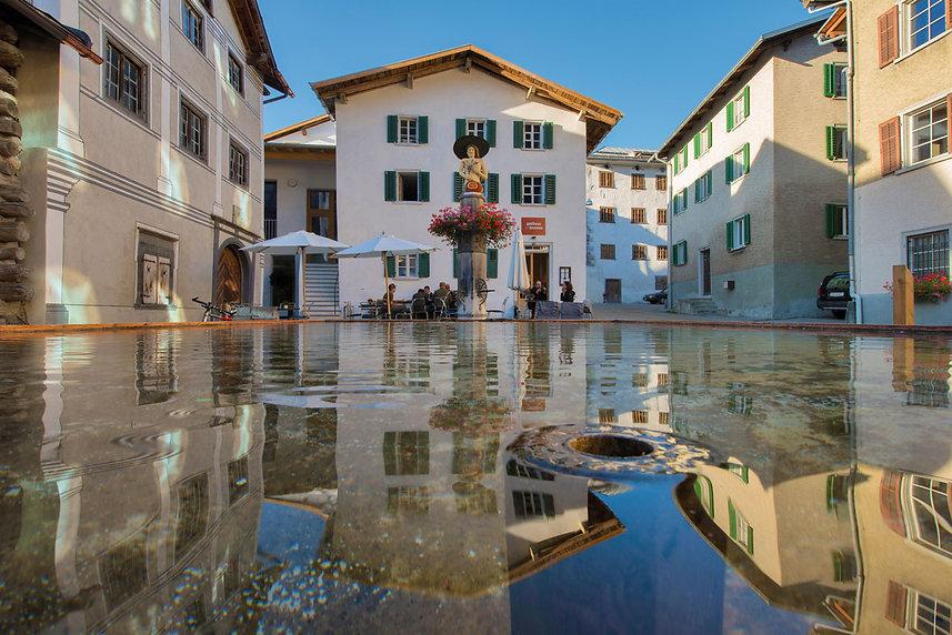 Gasthaus am Brunnen - Valendas/Graubünden