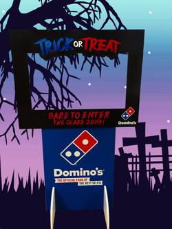 Dominos Trick or Treat Selfie Frame+Stan