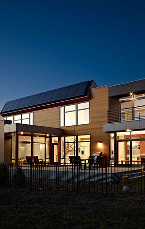 Dusk-Lighting-Contemporary-Home-in-Edmon