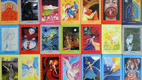 Avis sur les cartes «Les portes du féminin» de Monique Grande et Lucie Yonnet