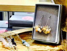 "Friday Arts and Craft Club - Jewellery Making Workshop, ""Gemstones Cluster Earrings"" - Fri"