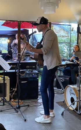 Live Music with Tom Johnson: Fri 23rd July 2021