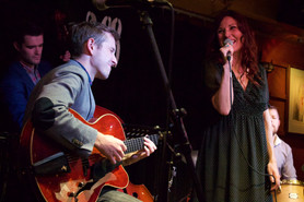 Jazz Dinner with Jo Harrop Trio (Bass, Guitar and Vocal) - Fri 2 Aug