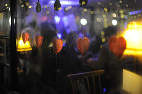 Candlelit Valentine's Day Dinner with Live Music and Handcrafts