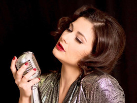 Jazz Dinner with Westend Jazz Singer Viviana Zarbo and Amy Winehouse's Acclaimed Guitarist Robin Ban