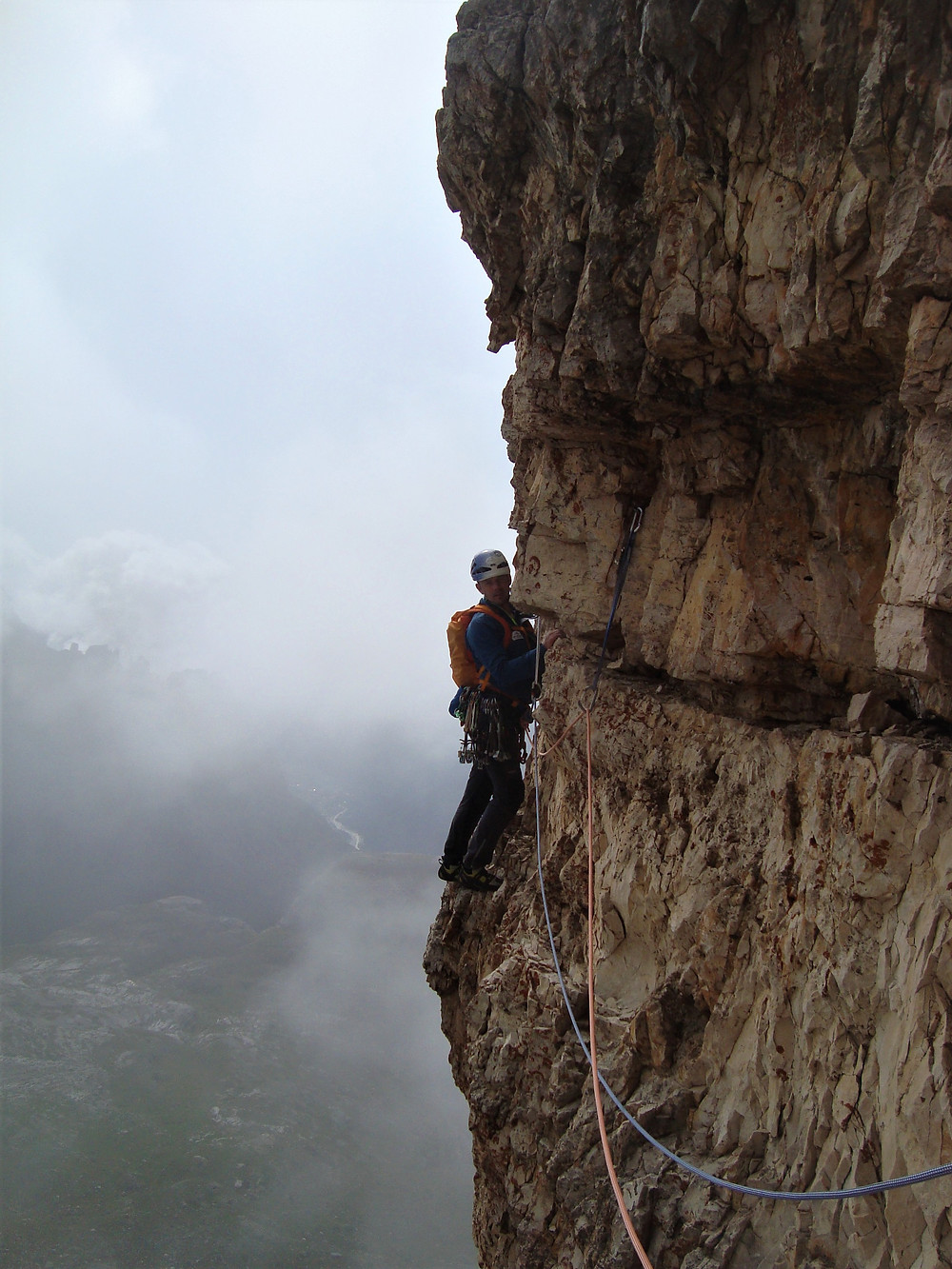 A pant wetting traverse