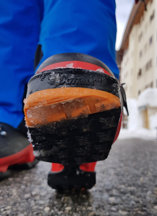 How not to fall on your arse in Ski Boots