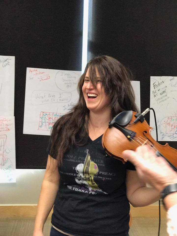 Bronwen at ROAR workshop with fiddle