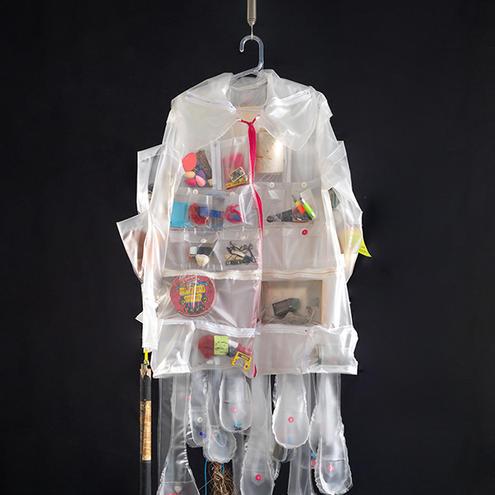 Plástica #3 - Cesta Básica - Casaco n ° 2 (Plastic # 3 - Basic Basket - Coat n ° 2)