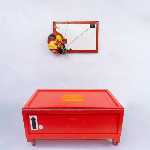 Case Tridimensional (alteração de display) ( Three-dimensional case (display change)), 2020