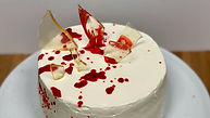 Halloween-bloody-cake3-alex-and-the-cake