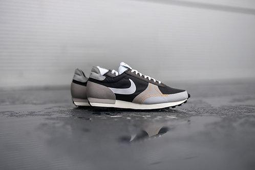 Nike Daybreak Type SE