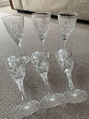 Crystal Wine Glasses x 6 (07976975903)