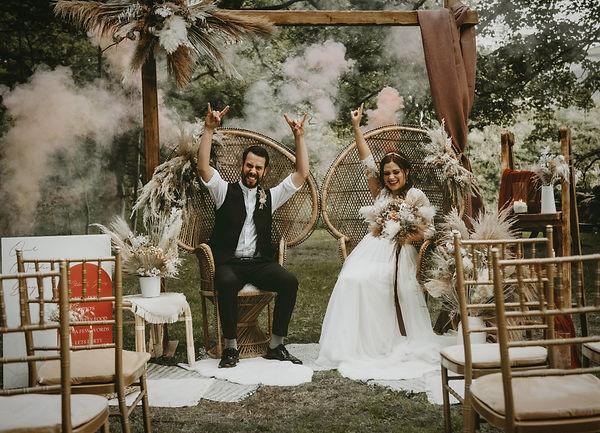 outdoor-rustic-wedding-yorkshire-ponden-mill