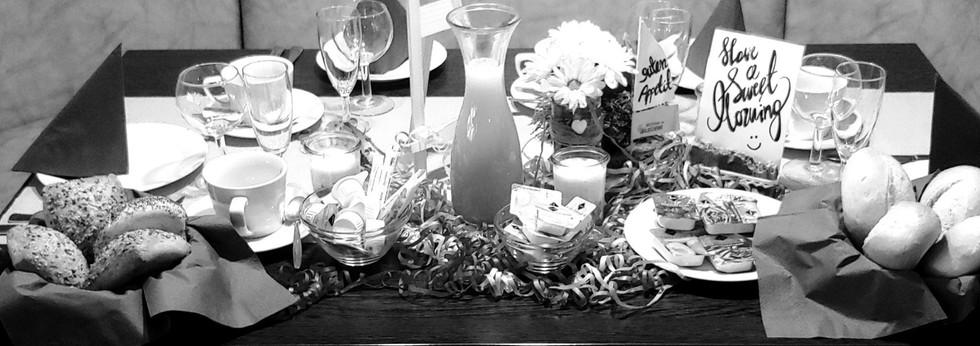 Tisch ist gedeckt