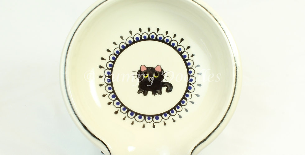 Begging Black Cat Round Spoon Rest