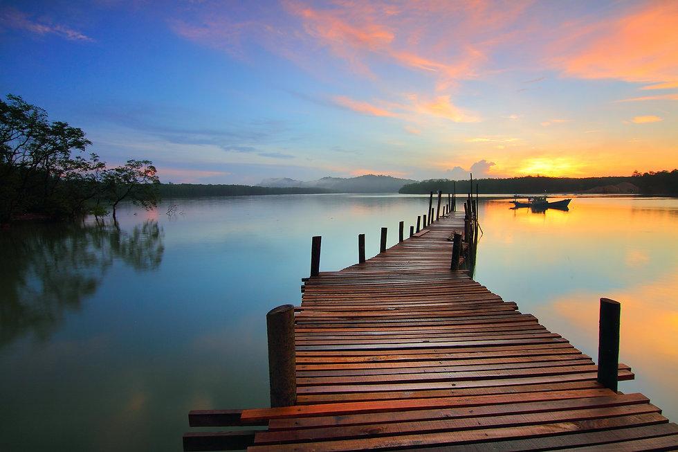 sunrise-1634197.jpg