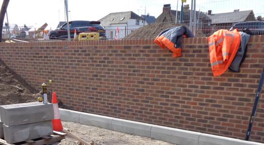 PETTIT Retaining Wall Bricklaying