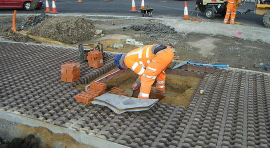 PETTIT Manhole Drainage and Reinforcement