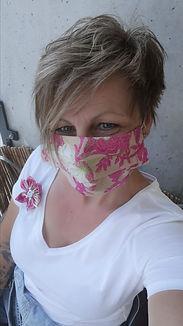 Mundschutz - Masken mit cooler Brosche im Set  Skullitas.com Handmade Shop © by Stephanie Salzmann