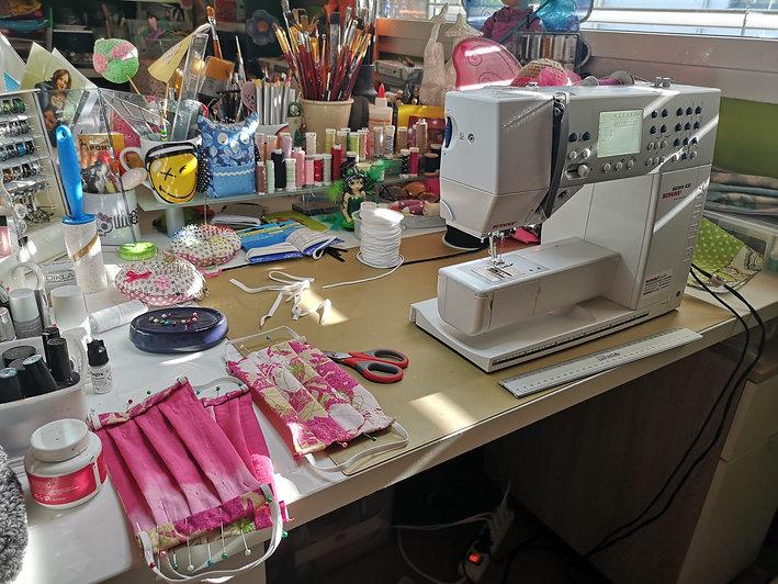 Mundschutz Atelier by © Skullitas.com der Handmade Online Shop bei Stephanie Salzmann