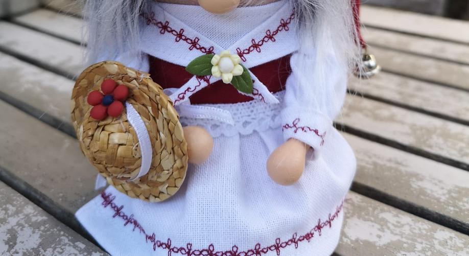 © Trachten Wichtel - Skullitas.com - by Stephanie Salzmann - dem Walliser Handmade Shop