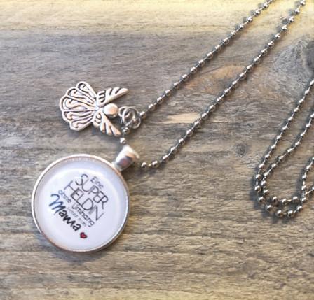 Schmuck Halskette mit Spruch und Anhänger by Skullitas.com