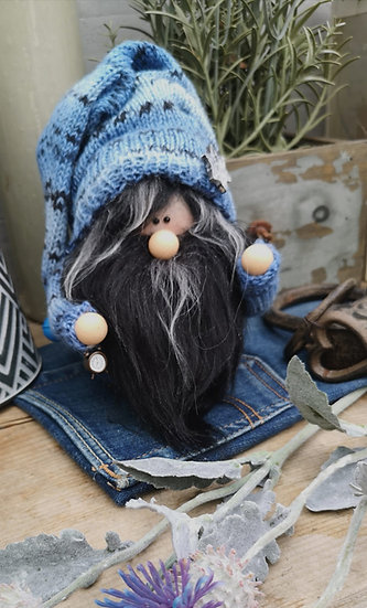 Sockenwichtel Samu mit Schwarzem Bart und Wecker Höhe 20 cm Durchmesser 7 cm
