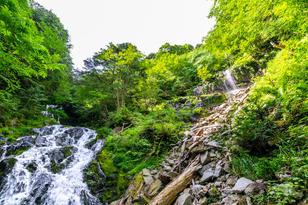 焼山の滝(雄滝・雌滝)